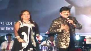 Live performance - Udit Narayan with Wife | Udit Narayan Songs | Tez News
