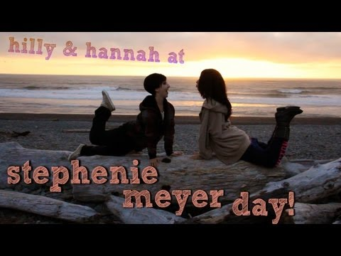 Stephenie Meyer Day 2012 with Hilly & Hannah Hindi