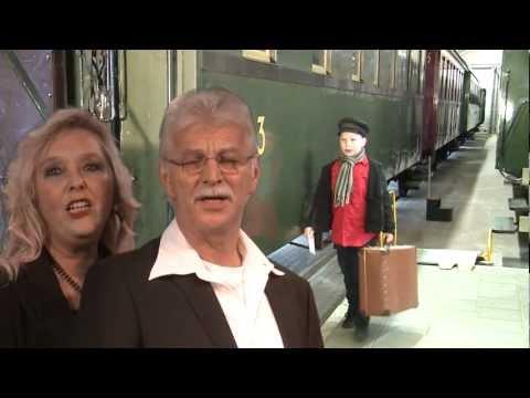 Wim en Diana - Op het perron (Officiële Videoclip)