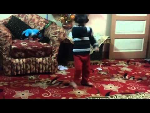 رقص طفل مصرى thumbnail