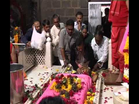 Shirdi Sai Baba Mantra - Om Sai Namo Namahasaimuskan