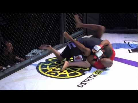 Gogoplata finish-Benjamin Sample x Jonathon Juarez (Fight!, 7/24/11, Los Angeles, CA) Image 1