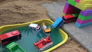 Tayo the Little Bus toys! Trucks, Backhoe, Excavators, Ambulance, Fire truck & Police Cars toy play