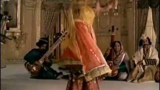 Satyajit Ray 's Shatranj Ke Khilari...  Kanha main tose hari .mp4