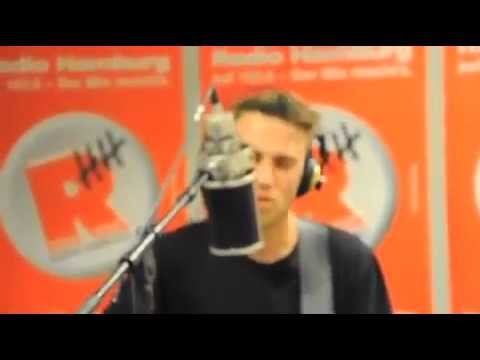 Clueso-Beinah (live bei Radio Hamburg)