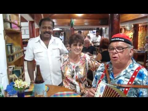 Dolly & Charly singing in Bijou Restaurant in Negombo Sri Lanka