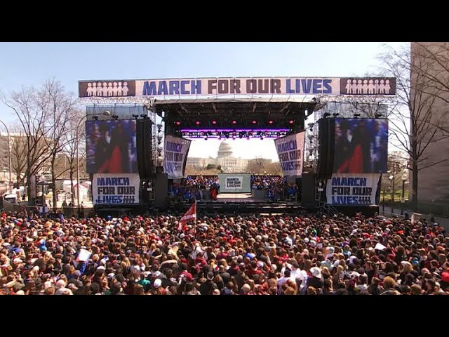 Thousands of young Americans sign up to vote during March for Our Lives
