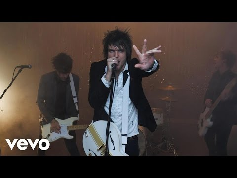 Boys Like Girls - Heart Heart Heartbreak Video