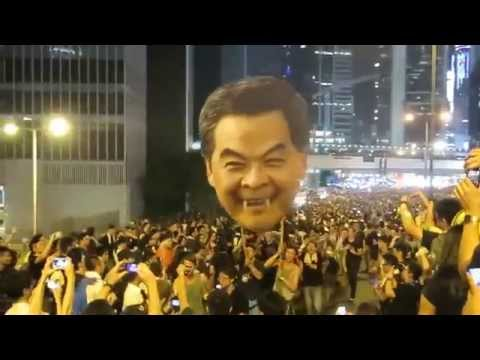 Hong Kong protesters tell Leung Chun-ying to resign