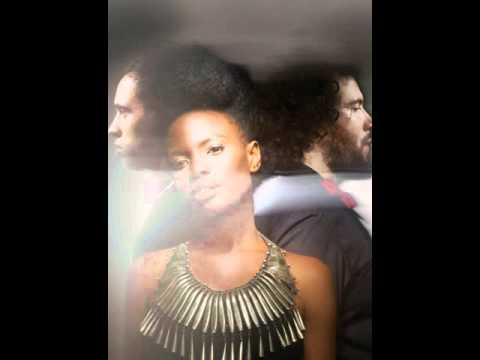 Noisettes - Bridge to Canada