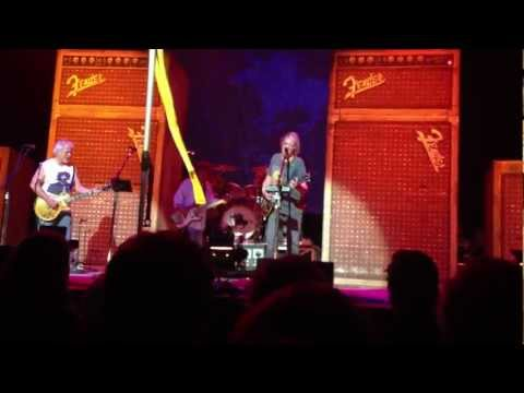 Hey Hey My My (Into the Black) Neil Young & Crazy Horse, Perth Arena, Western Australia 2nd Mar 2013