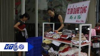 Cảm động tủ đồ miễn phí cho mẹ và bé | VTC