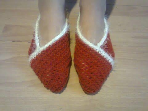 Тапочки-следки на двух спицах.  Slippers-foot protection on two needles.