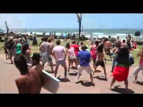 Flash-Mob in Durban, Beach, Fish Eagle - 18th December 2011