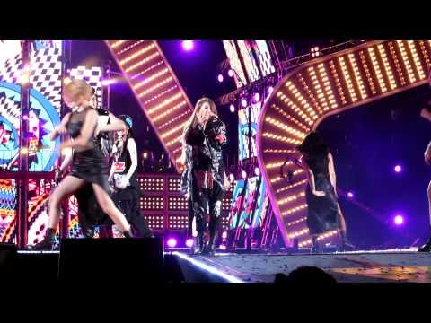 [hd] 130316 2ne1 ~ I Love You  Mbc Korean Music Wave In Bangkok 2013 video