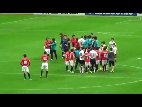 サッカー日韓戦 試合後に両軍が乱闘寸前 浦和・西川「ただゴミを捨ててほしかっただけ」