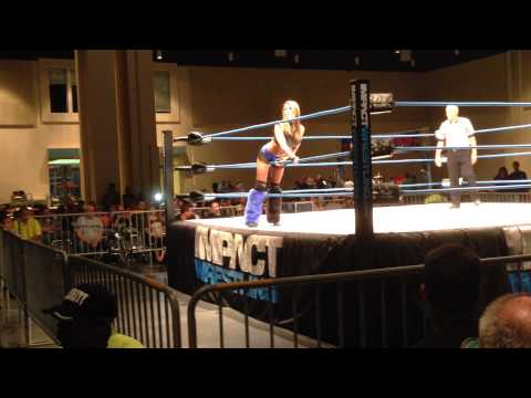 Velvet Sky vs. Madison Rayne - Biloxi, MS 5-17-14