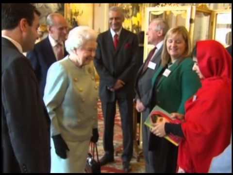 Королева Великобритании приняла пакистанскую школьницу Малалу Юсуфзай