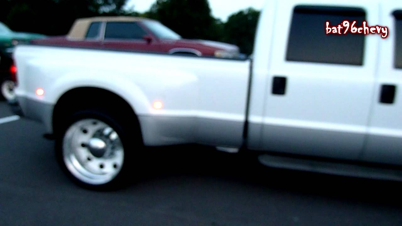 White Ford F-350 Superduty Dually on 24's - HD - YouTube