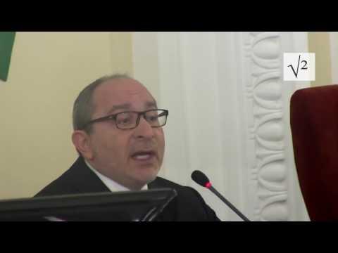 Андрея Лесика вынесли с сессии горсовета