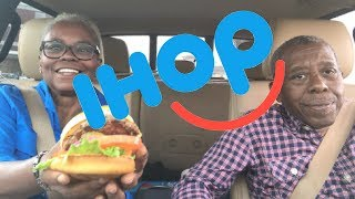 FIRST TIME TRYING IHOP STEAK BURGER - TASTE TEST ( FAIL ) REVIEW