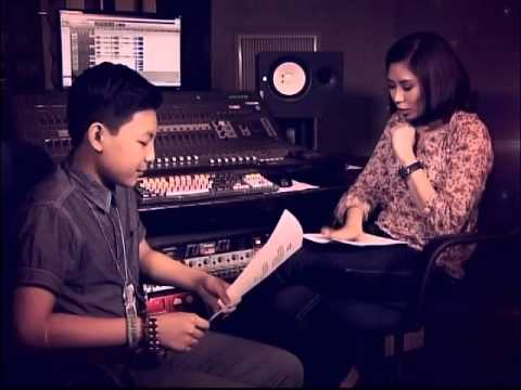 VOICE Kids: Coach Sarah mentoring session with Darren
