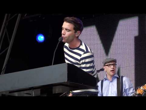 MIKA &quot; Make You Happy&quot; @ LoveBox Festival at Victoria Park in London