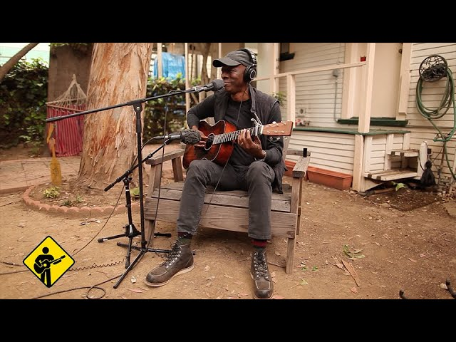 Walking Blues featuring Keb39 Mo39  Playing For Change  Song Around The World