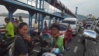 The passenger & vehicle ferry from Krabi mainland to Koh Lanta Island (Ko Lanta), Thailand เกาะลันตา