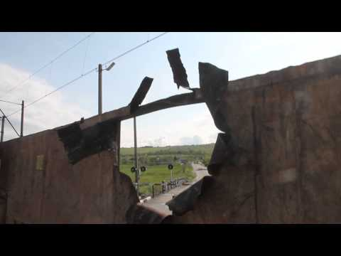 Sloviansk - Rocket damage to wagon barricade