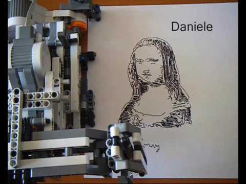 Mindstorms 174 Nxt Portrayer Robot Youtube