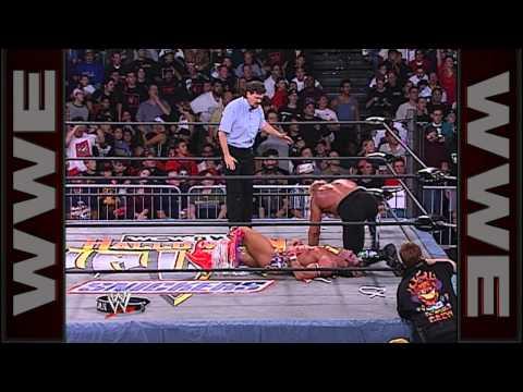 Halloween Havoc 1998: Hulk Hogan vs. The Warrior