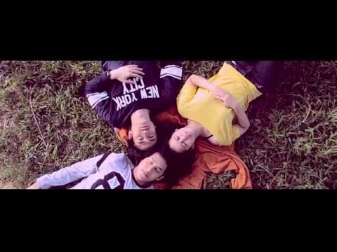 download lagu Tulus   Sepatu MV gratis