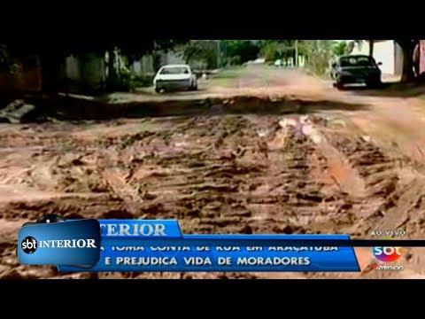 Lama toma conta de rua em Araçatuba e prejudica vida de moradores