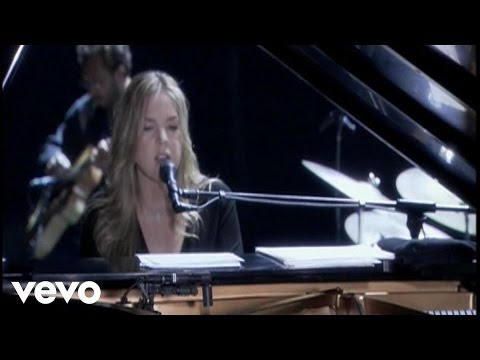 Diana Krall - Pick Yourself Up Video