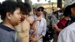 Bat nong ten chom xe tay ga tai Binh Duong