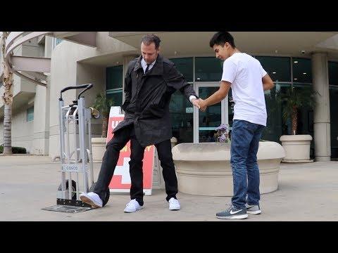 Three Legged Man Prank in USA - Julien Magic