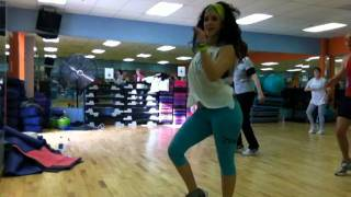 "Zumba fitness with Sheila Suazo ""SAMBA"""
