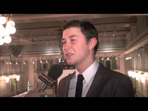 Scotty McCreery Hosts CMA Keep the Music Playing