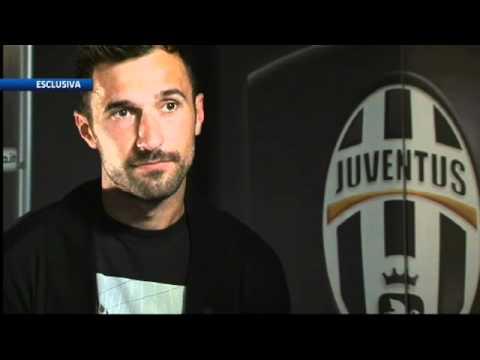 Juventus - Mirko Vucinic 4 Battaglie Per Vincere La Guerra