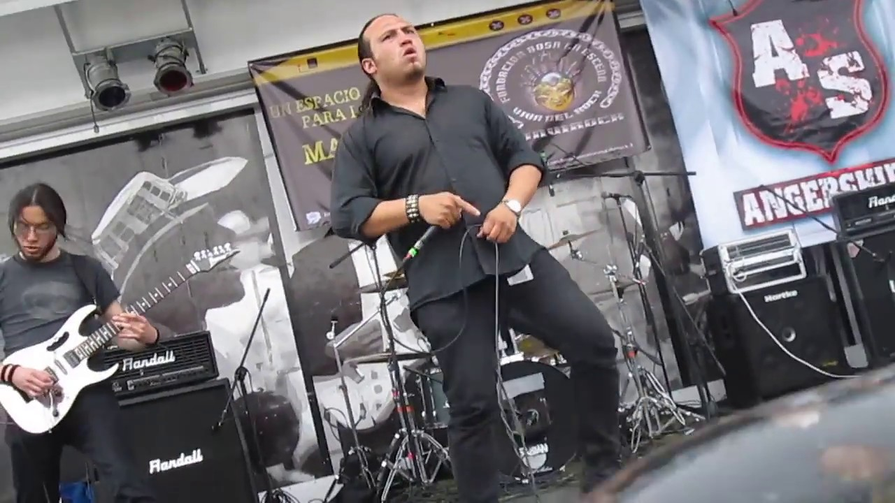 unchallenged hate politicians napalm death cover. Black Bedroom Furniture Sets. Home Design Ideas