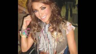 Watch Anahi Primer Amor video