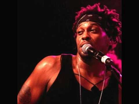 D'Angelo - What Is And What Should Never Be