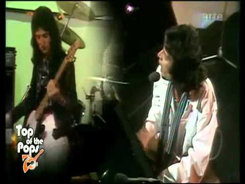 Queen - Good Old Fashioned Lover Boy (Live @ Top Of The Pops, 1977)