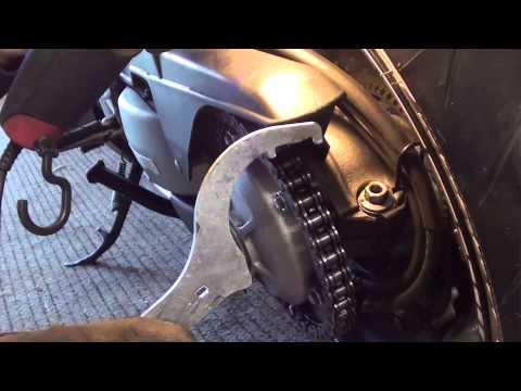 Honda VFR 800 Vtec Antriebskette einstellen