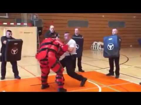 2014 ATC Barcelona - Red Man Drill
