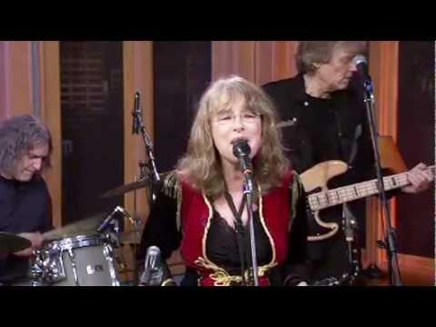 QUARTERFLASH - Harden My Heart (Live December 2011)