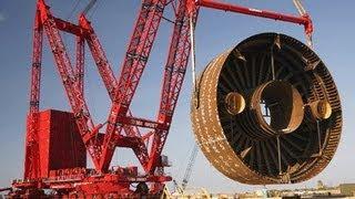 Cẩu xích Memmoet- Hà Lan sức nâng 3200 tấn / 55 m