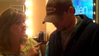 Jason Aldean and Kelly Clarkson Banter Backstage