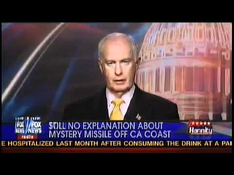 CHINESE MISSILE FIRED FROM SUBMARINE OVER CALIFORNIA !! WARNING WHY ?? !!